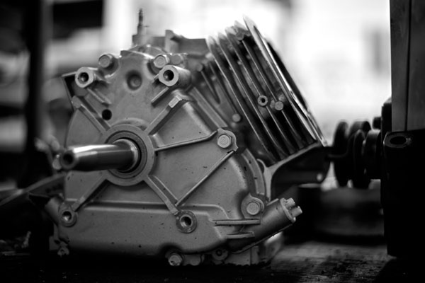 Small engine repair work includes cleaning of the engine parts and casings an checking all components for wear and tolerances.
